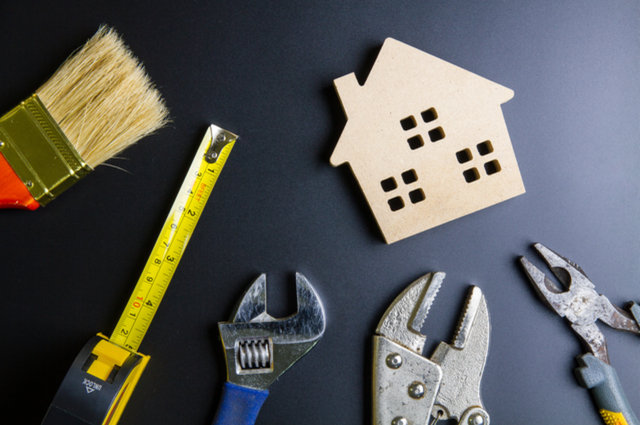 Property maintenance image by Bubbers BB (via Shutterstock).